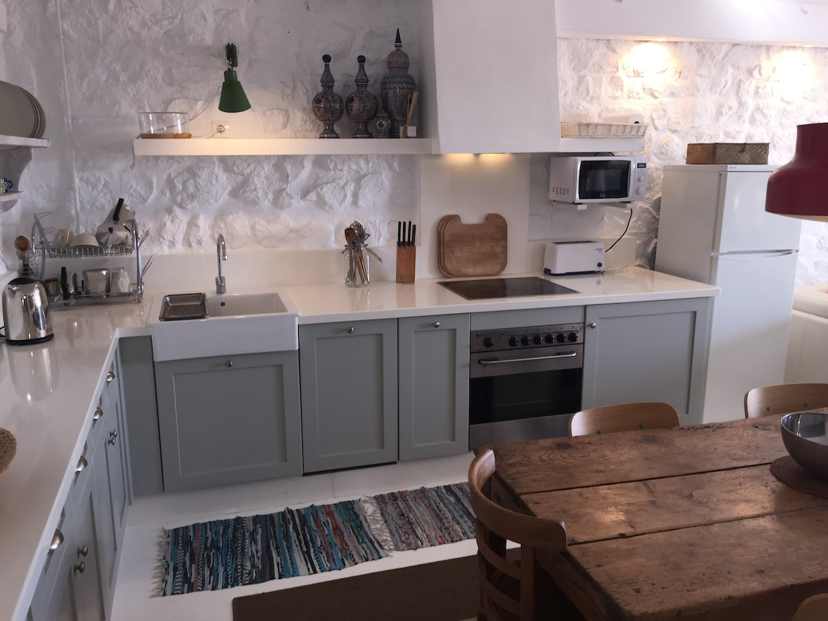 Modern appliances combine with traditional materials