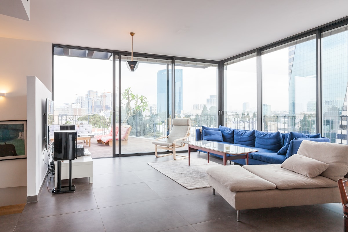 Amazing 4 BR Penthouse Heart of TLV