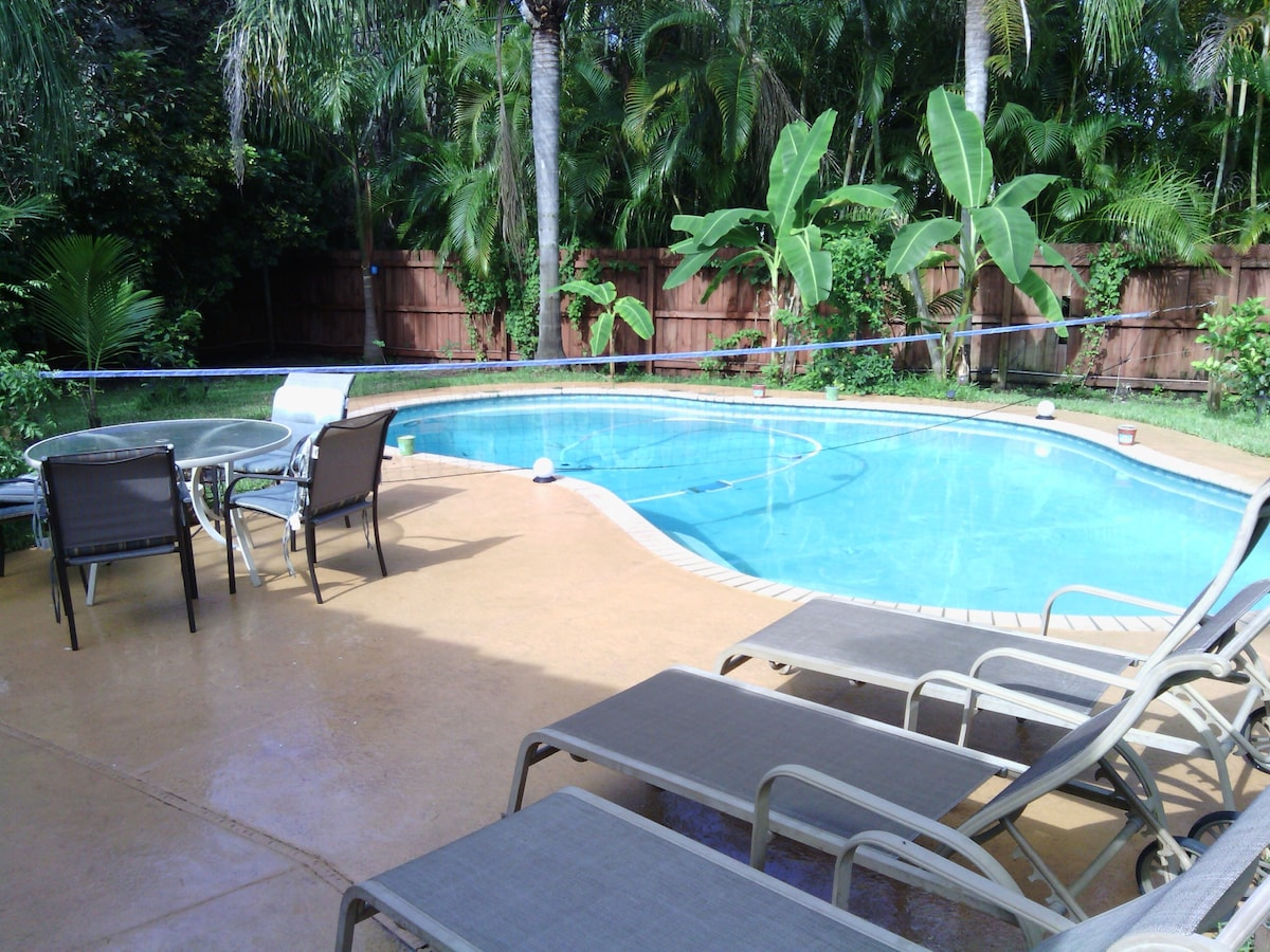 Old Key West House w/ Heated Pool