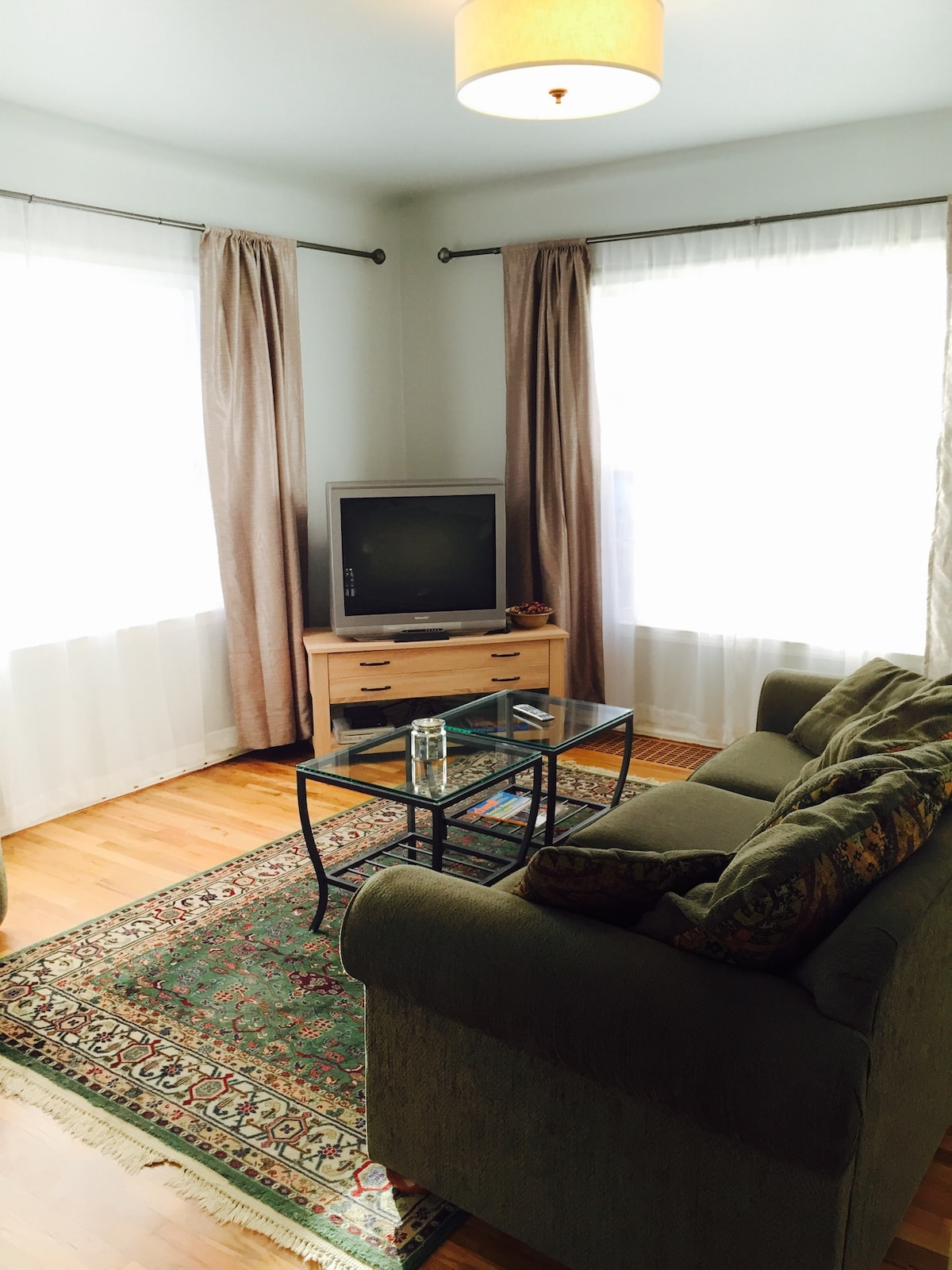 Bright livingroom with a place to kick your feet up, relax and watch some t.v. or play some Wii. Enjoy!