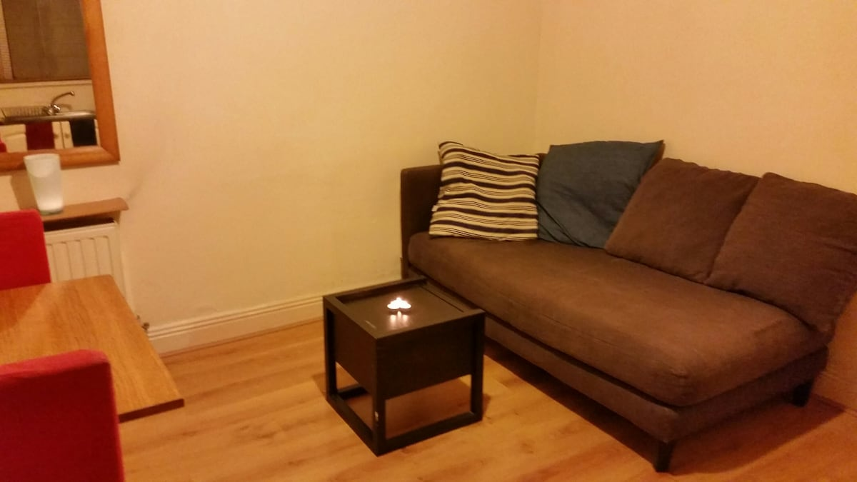 Spacious room near Grithin College