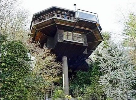 Iconic Saul Zaik  Treehouse!