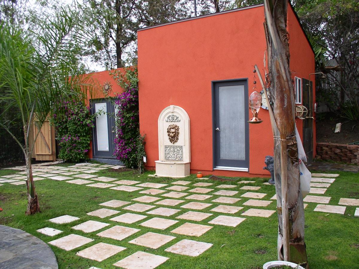 Garden Guest Suite