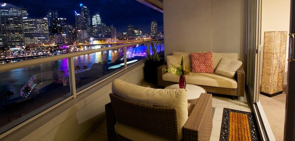 Darling Harbour Views