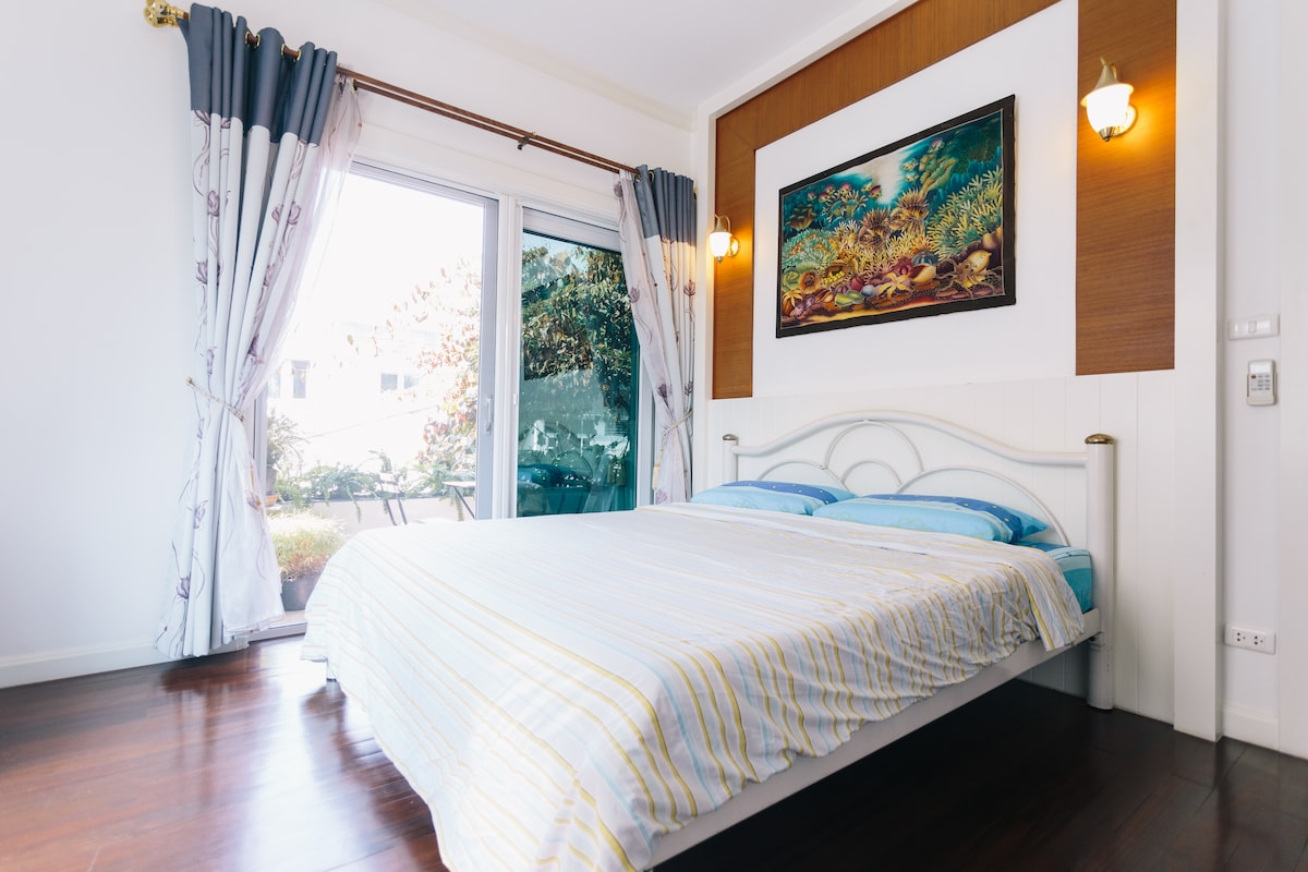 Private room in a 3-storey house