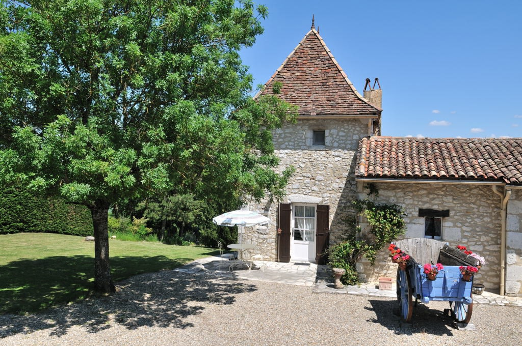Gite for 2 in RIBAGNAC , Dordogne