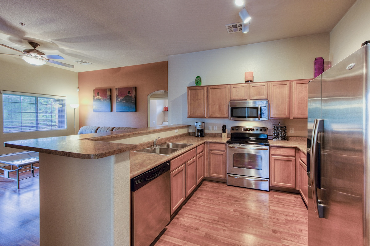 Remodeled 2 Bedroom Condo