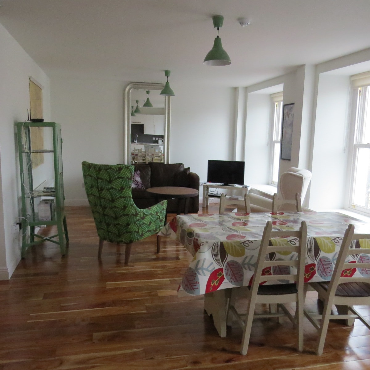 1 BED APT IN THE HEART OF WESTPORT