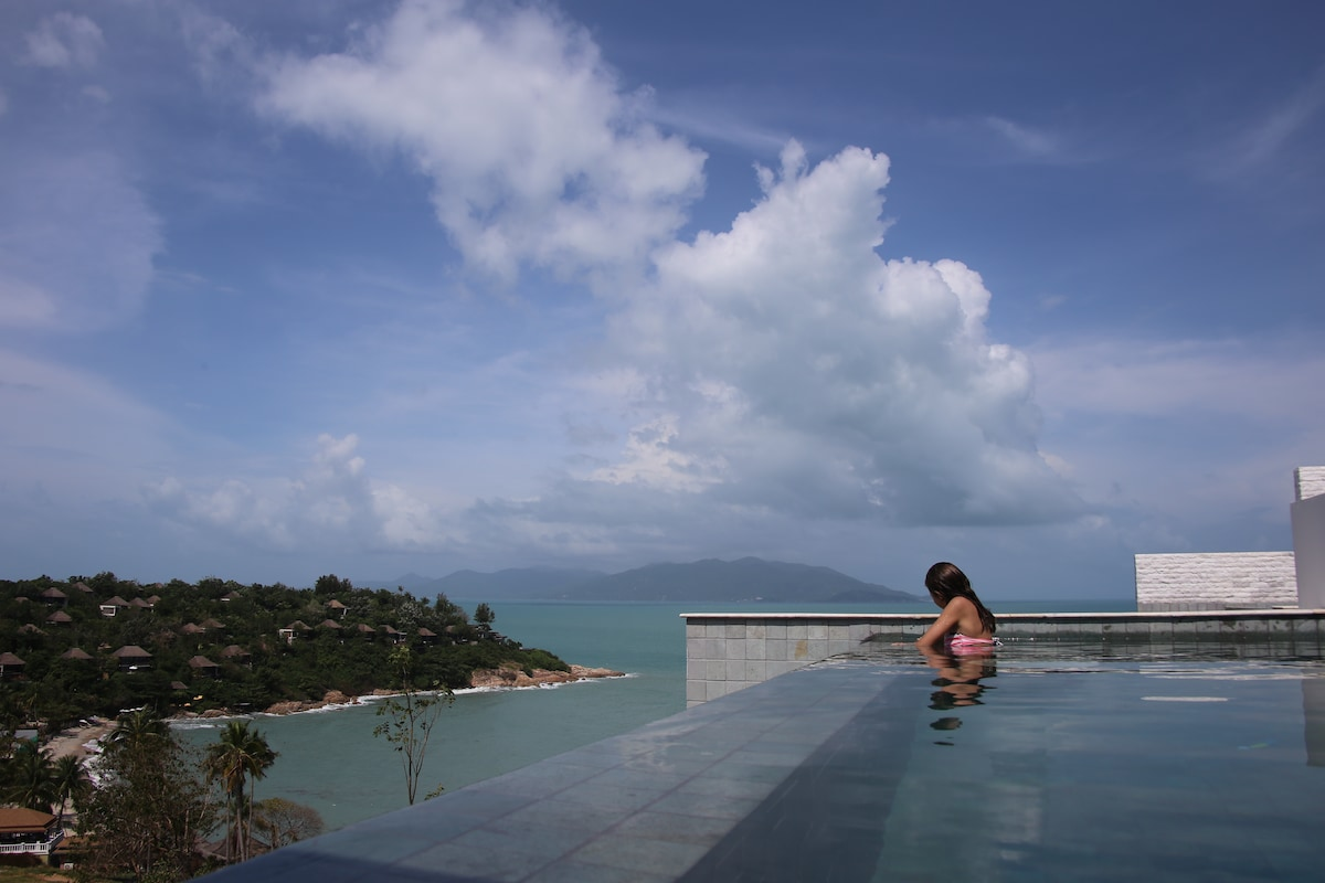 New villa with stunning seaview