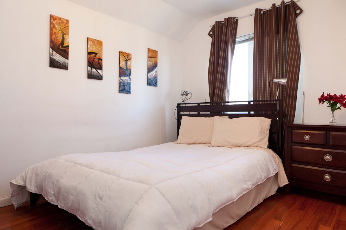 Awesome room NYC; Special Rate