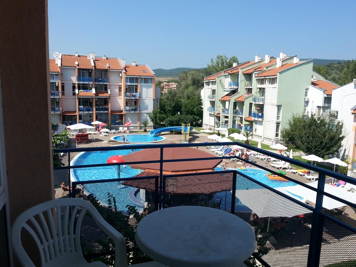 Sunny Beach holiday apartment