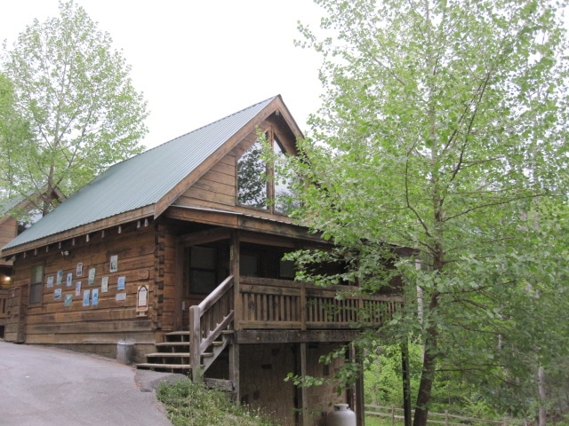 Love Me Always cabin in Gatlinburg