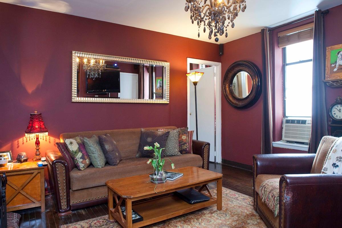 Beautiful Renovated Loft-Bedroom
