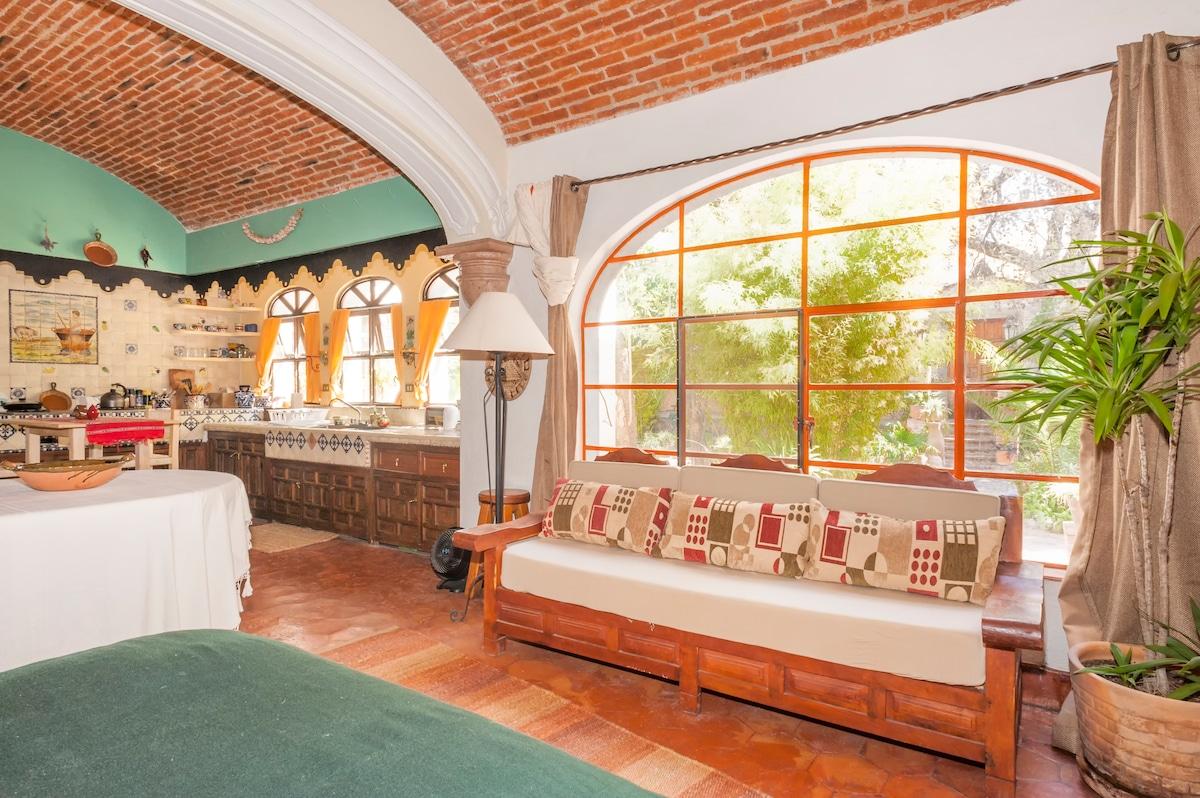 Great Studio Apartment San Miguel