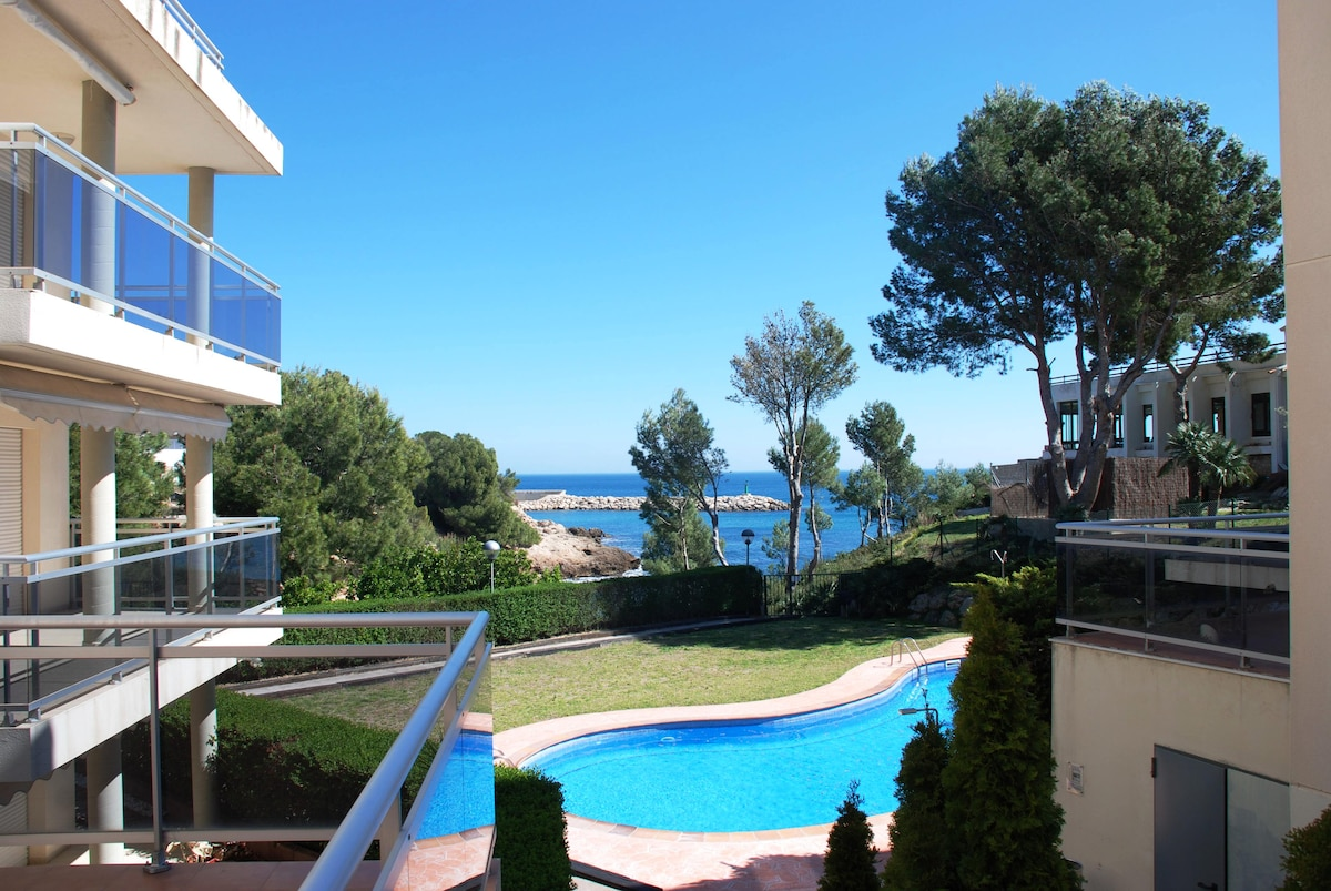 Apartment direct acces to the beach