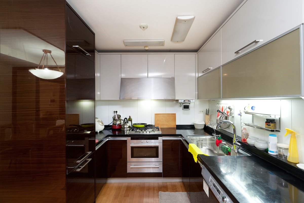 The Best Serviced Gangnam Apartment