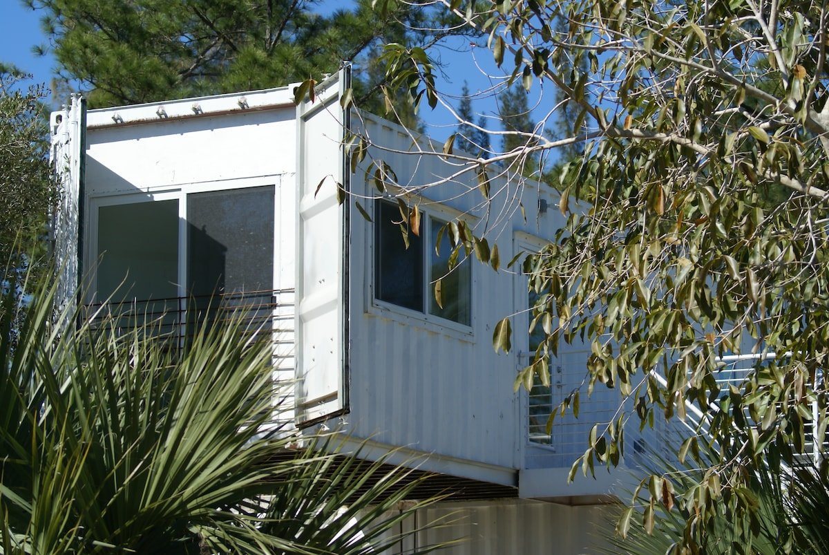 1 BR at Eco Retreat on Lox River