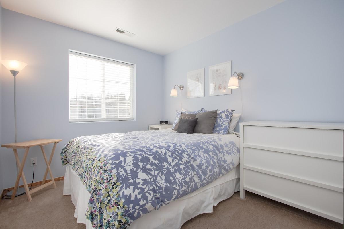 Cozy View 1-2 Bedrooms/Bathroom