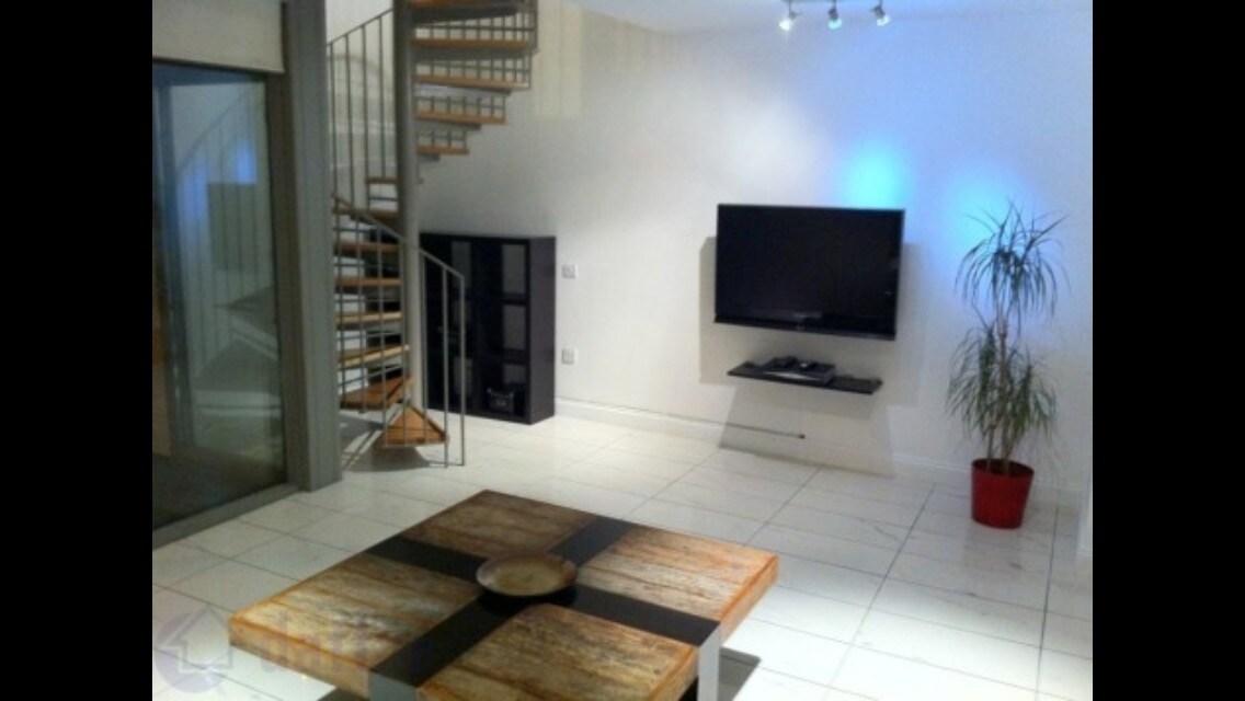 Modern 1 Bed Duplex Apt, Dublin 3