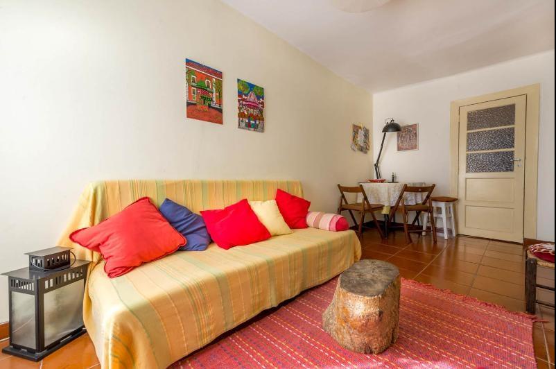 Traditional Apartment in Alfama