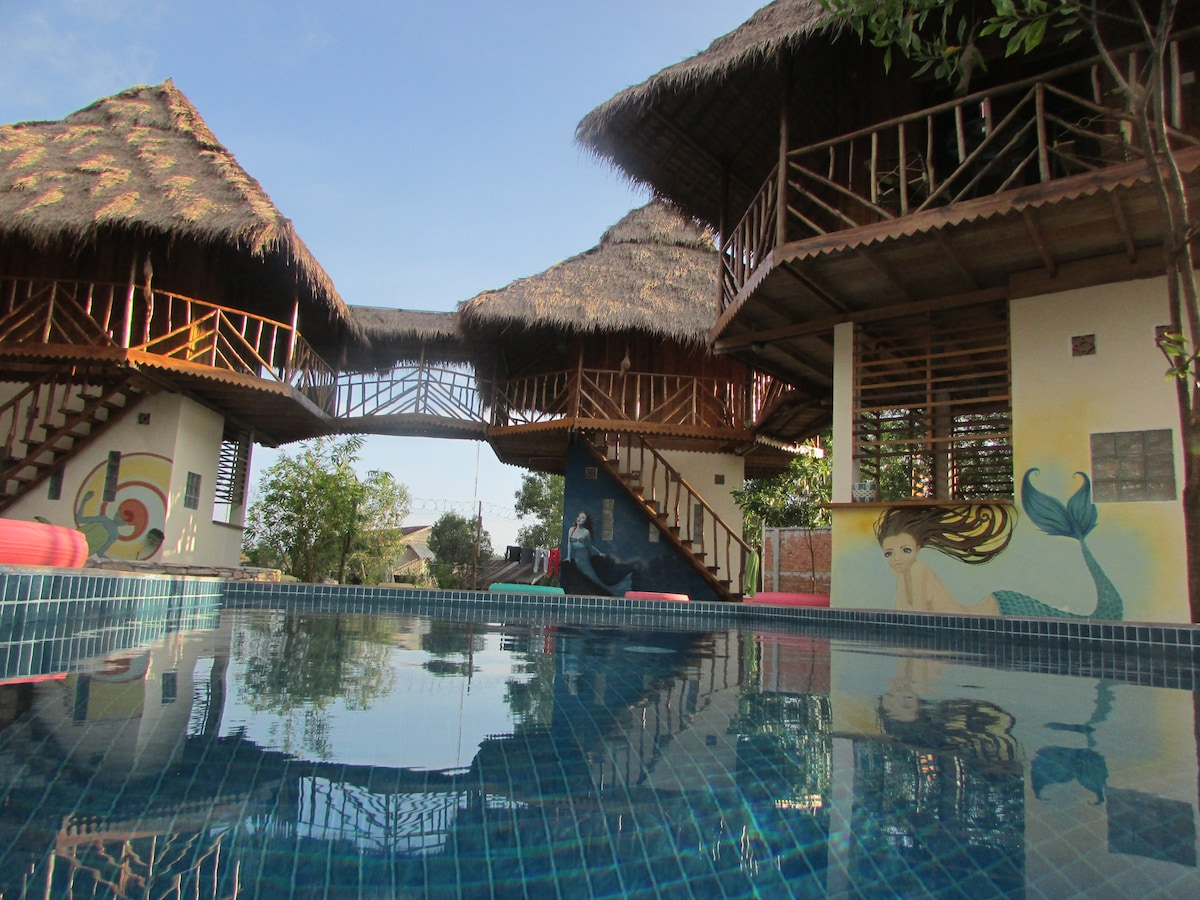 3 Villas with Pool View