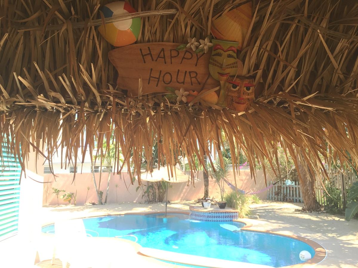 BeachHouse, Pool, and Hammocks! #1