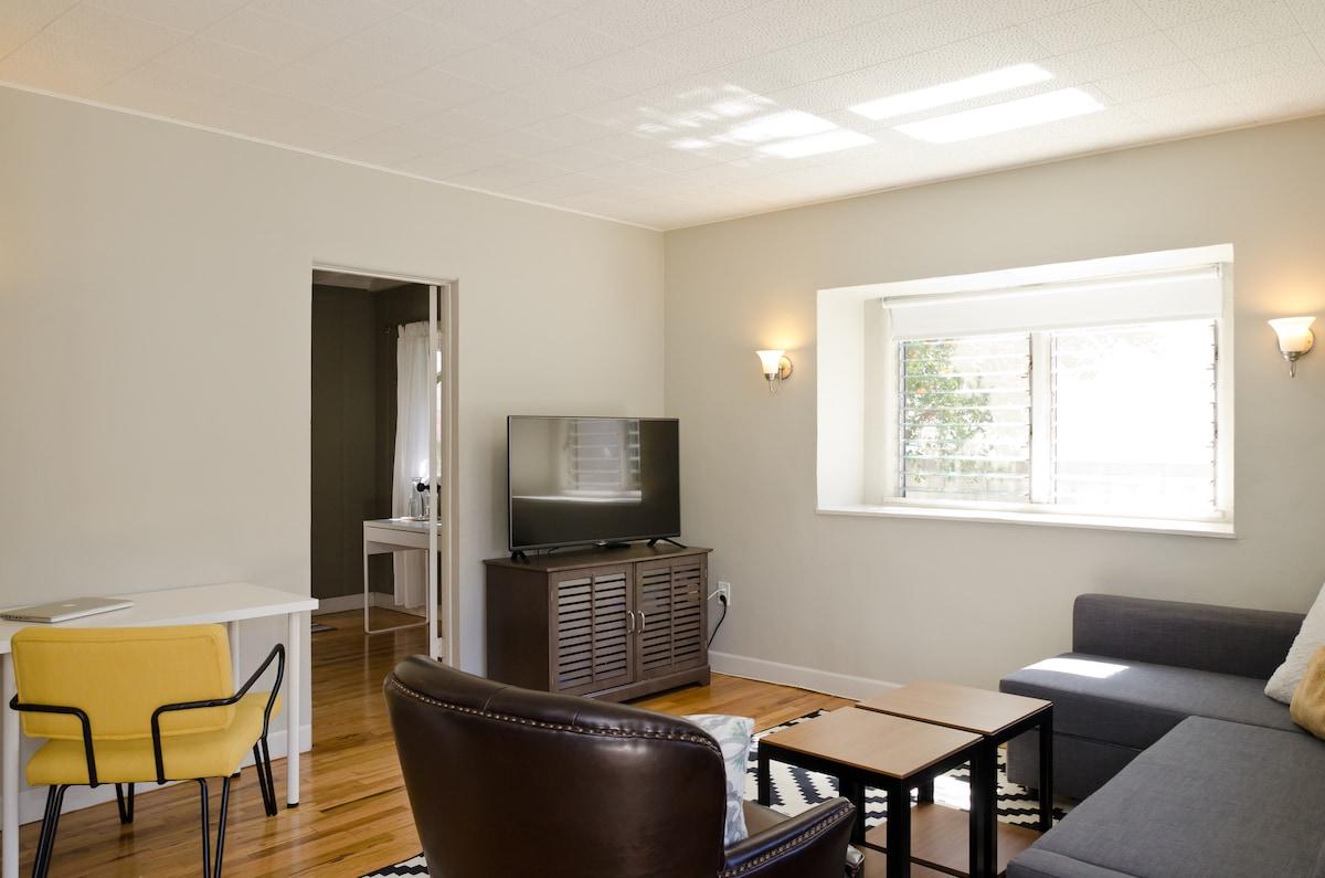 Bright & Modern 2BR/1BA WeHo Home