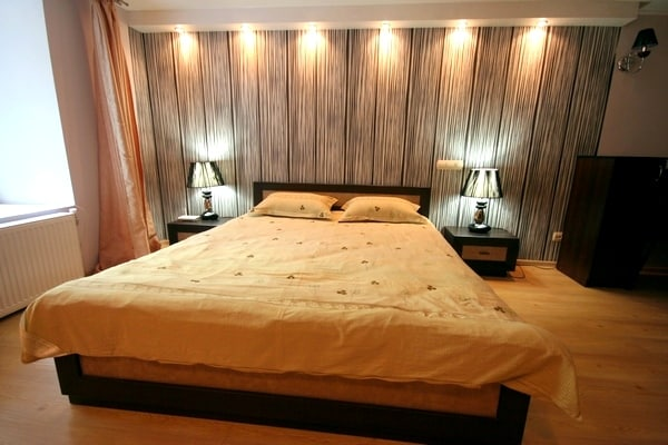 1 Bedroom Jacuzzi Apt Center ID 122