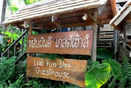 Cheap Room Near River in Pai Center