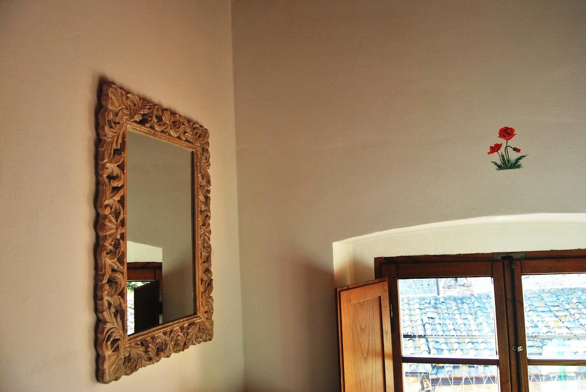 Antico Granaione BB Poppy bedroom