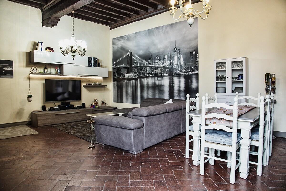 Camera nel cuore di Firenze