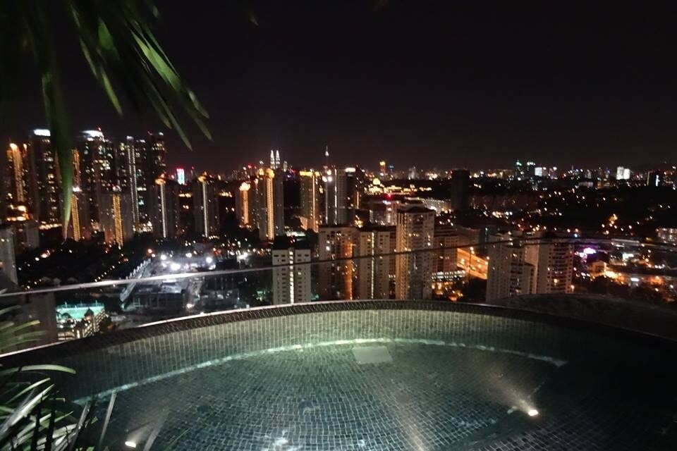 VERVE Suites - Beach on the roof!