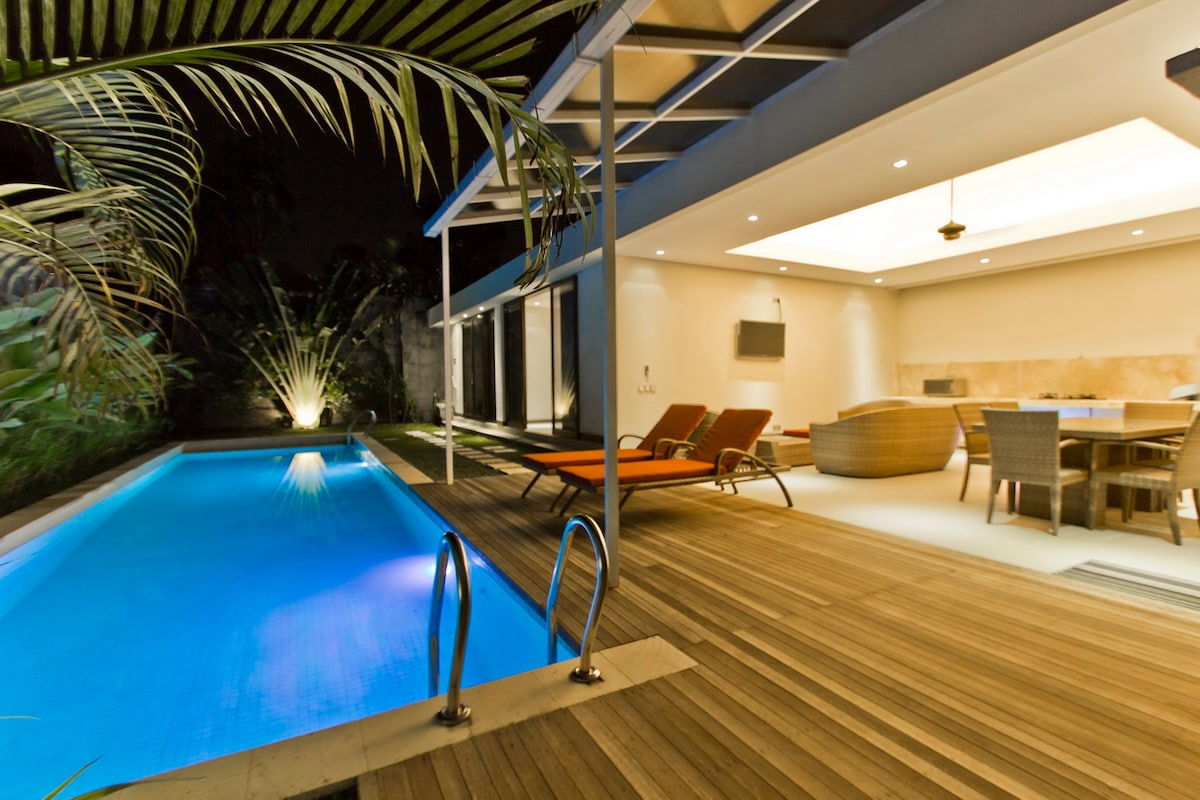 15m pool 2 bed 10min beach Seminyak