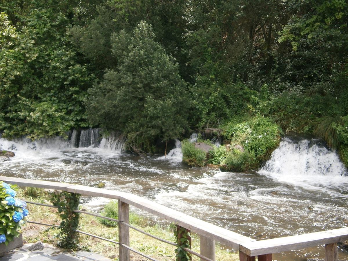 Dream corner by waterfalls, studio2