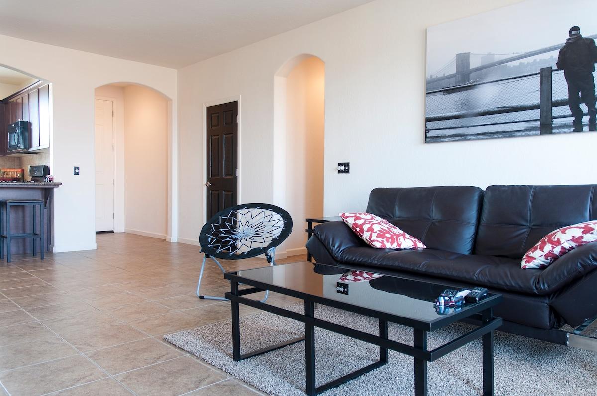Private Room in Visalia