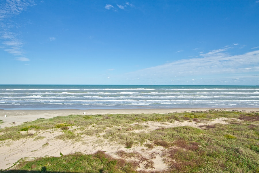 Beachfront Sleeps 6 Owners Special