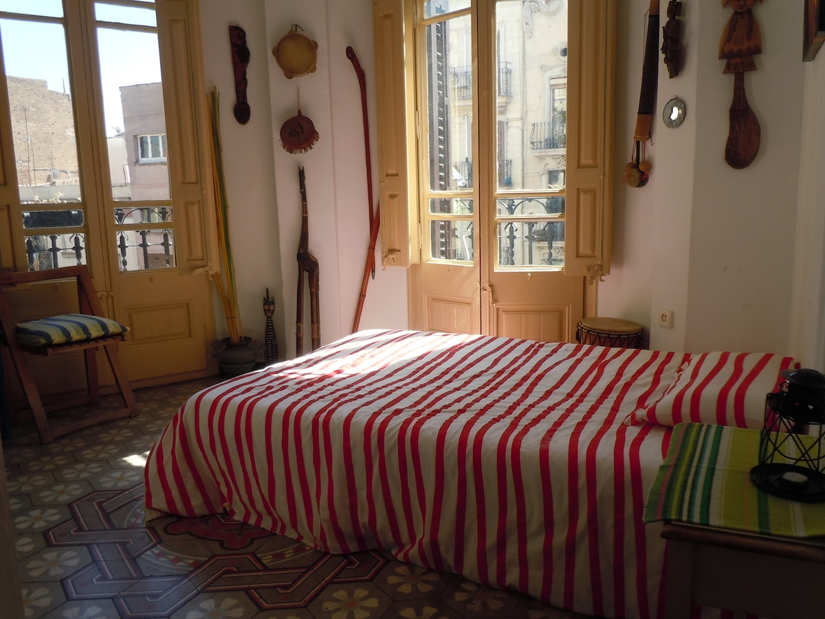 SUNNY DOUBLE ROOM WITH 3 BALCONIES