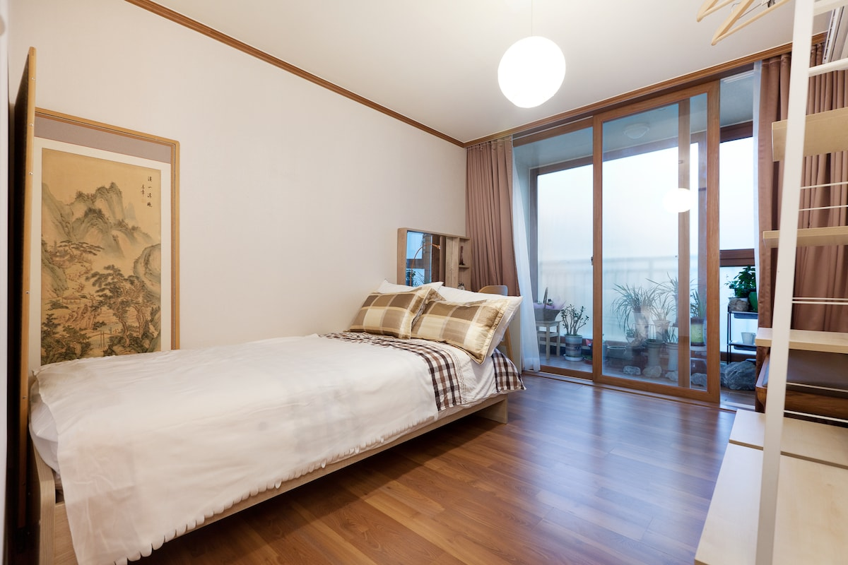 MJ's homestay (single room)