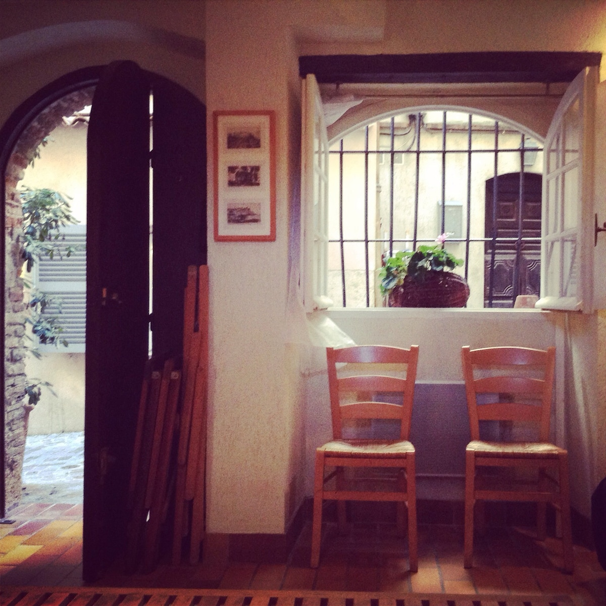 Antibes studio in charming Old Town