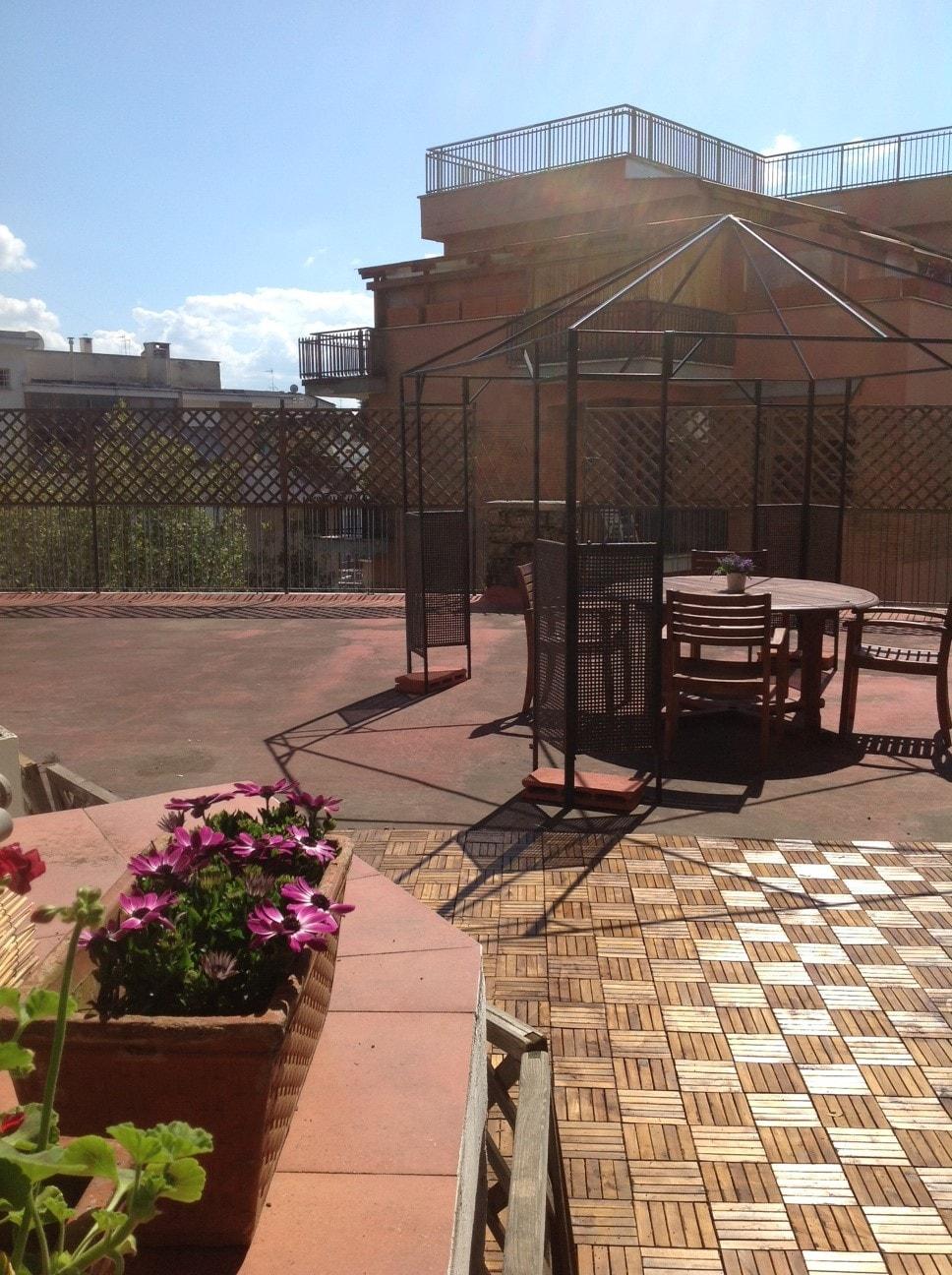 delizioso e soleggiato con terrazza