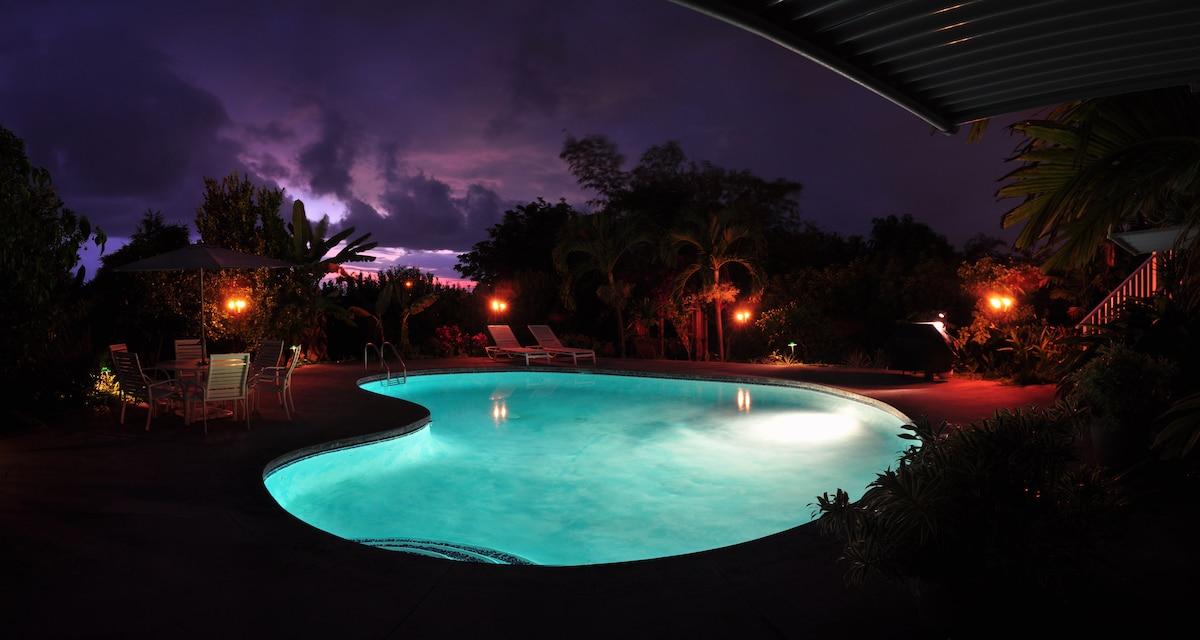 Pool-Front En Suite rental.