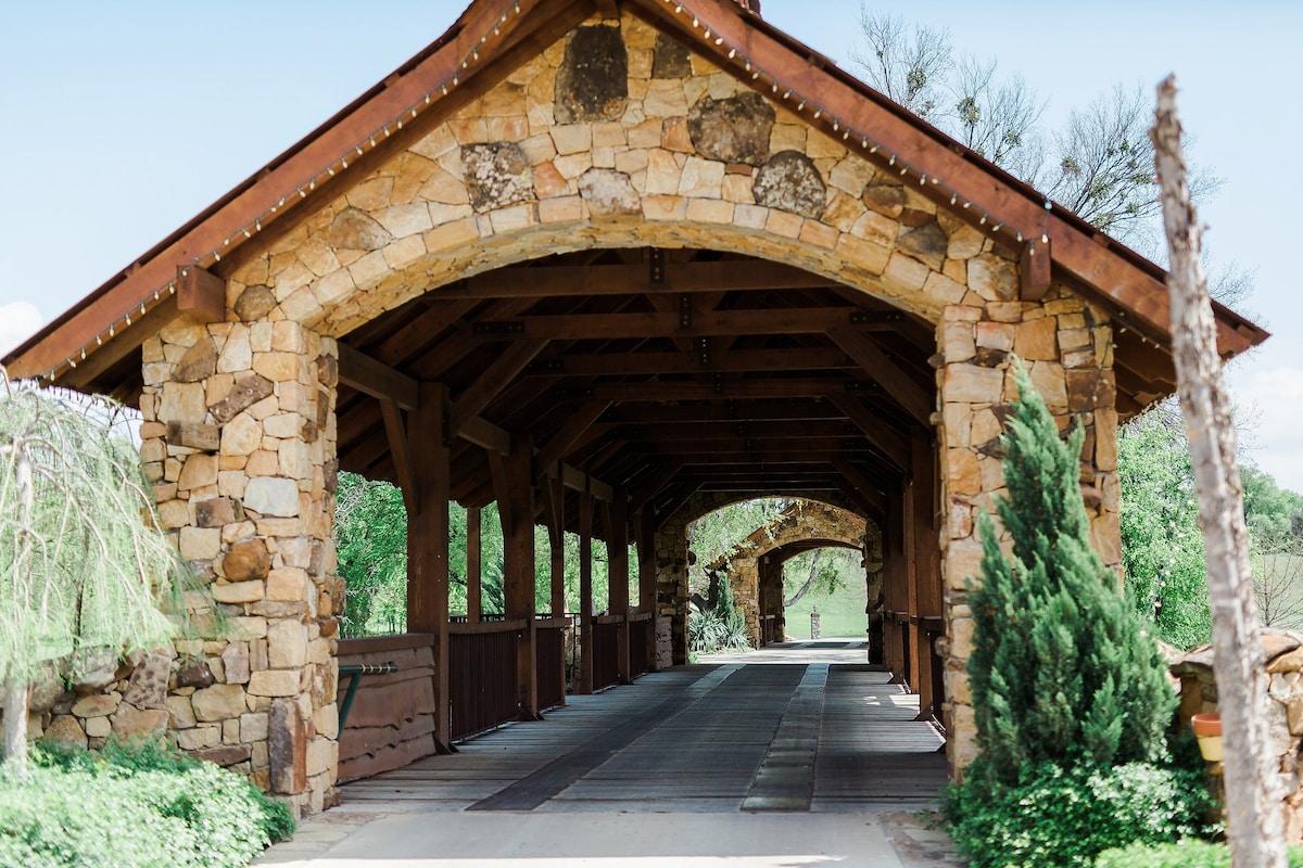 North Fort Worth Farm Retreat