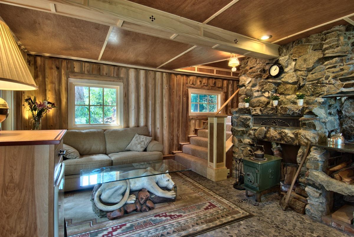 Haller Lake Restored Log Cabin In Seattle