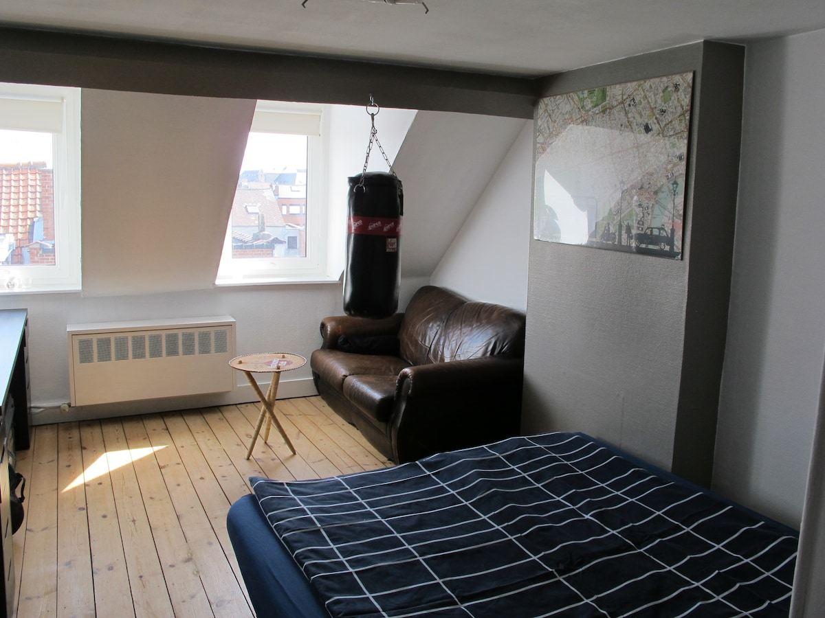 Room with small living with TV