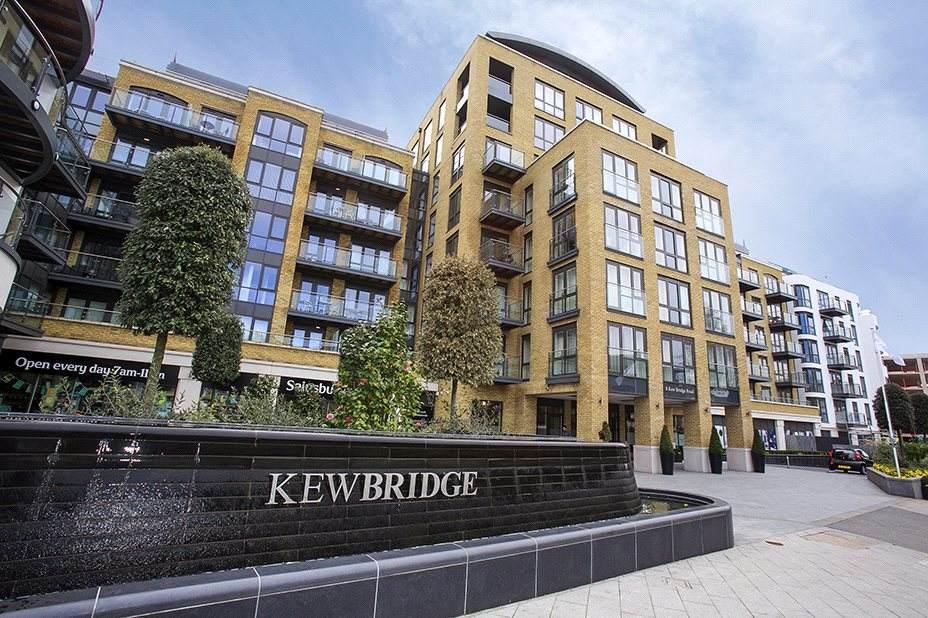 Luxurious Kew Bridge Apartment.
