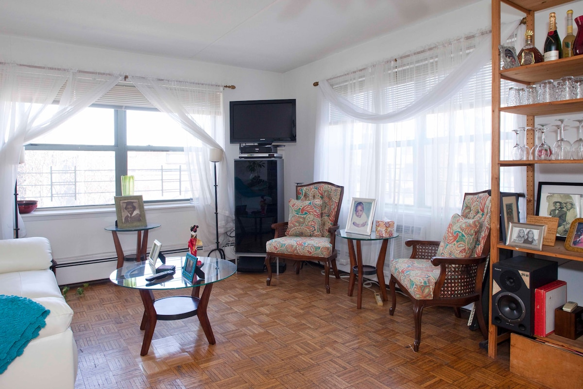 SUNNY LARGE TWO BEDROOM APT