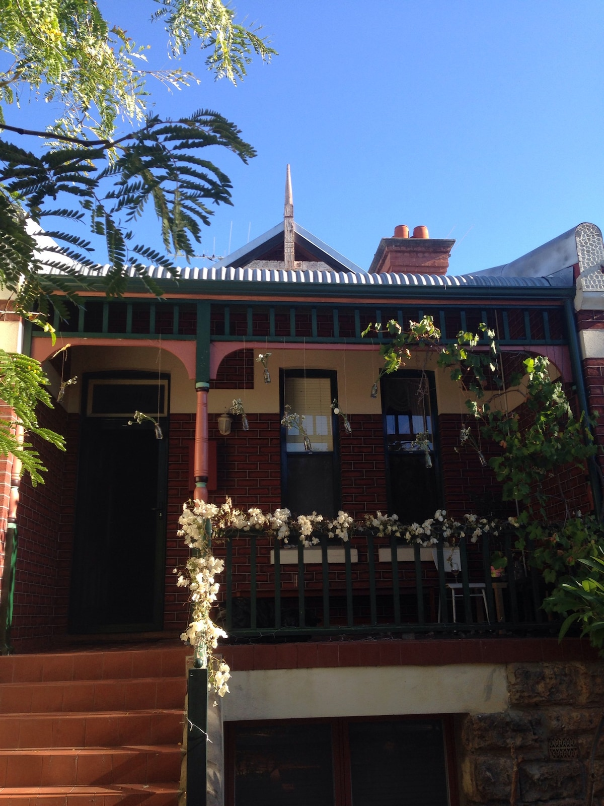 Charming 2 Storey-House