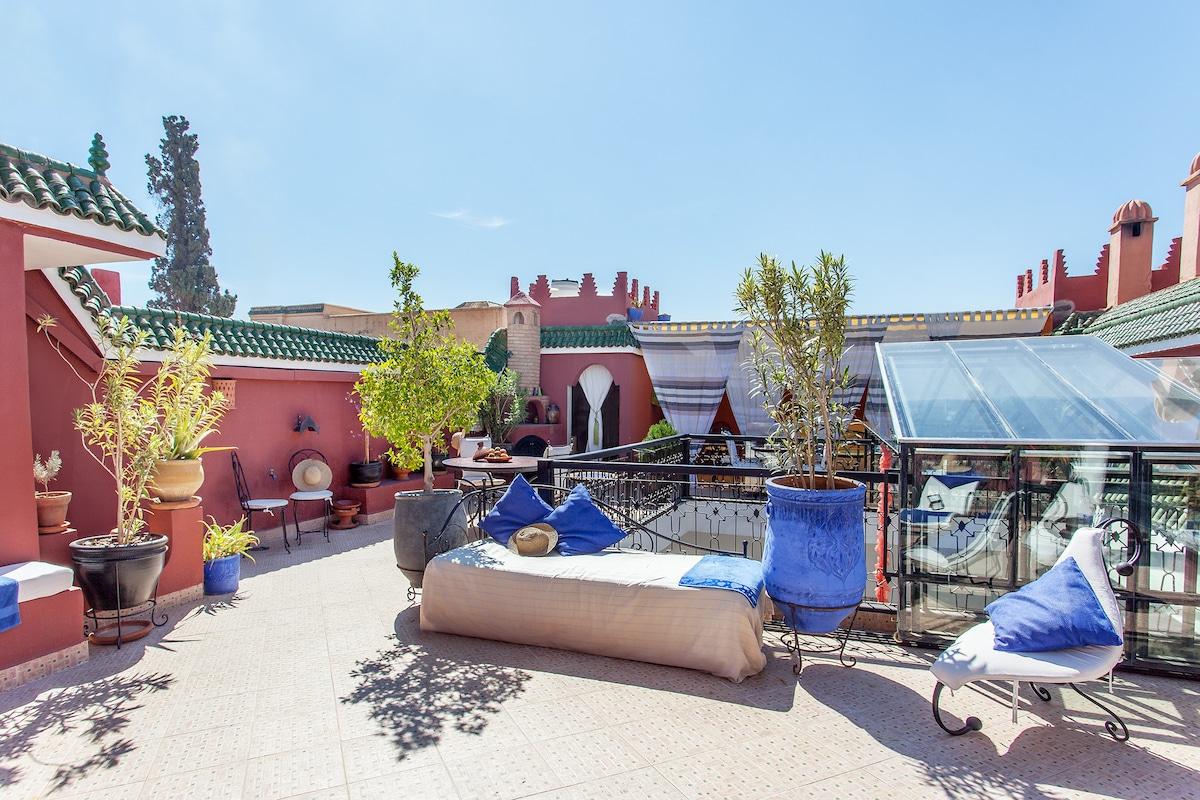 La terrasse du riad dar khadouj