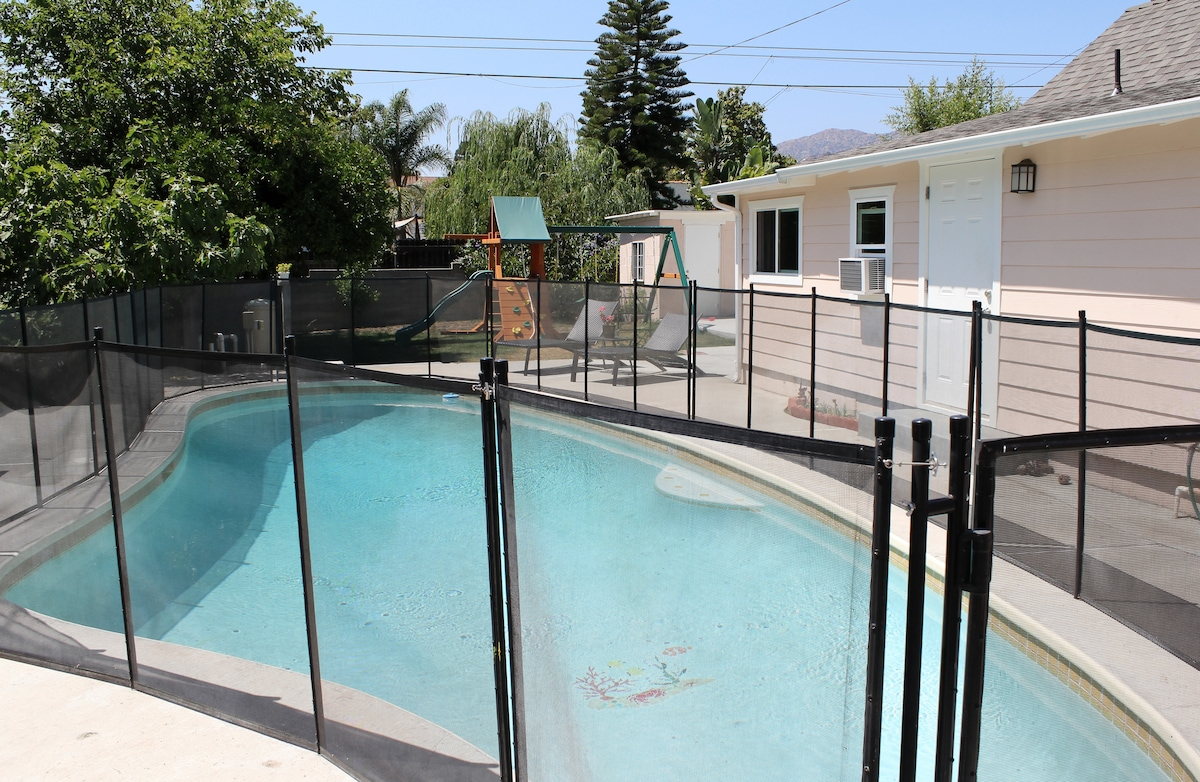 Private Bungalow close to Hollywood