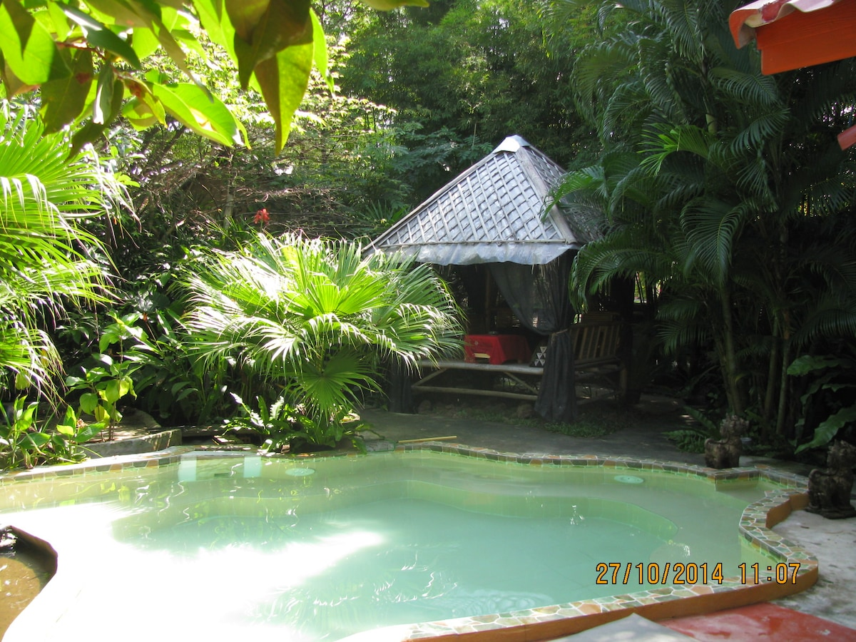 Enchanted Garden Bungalow 2